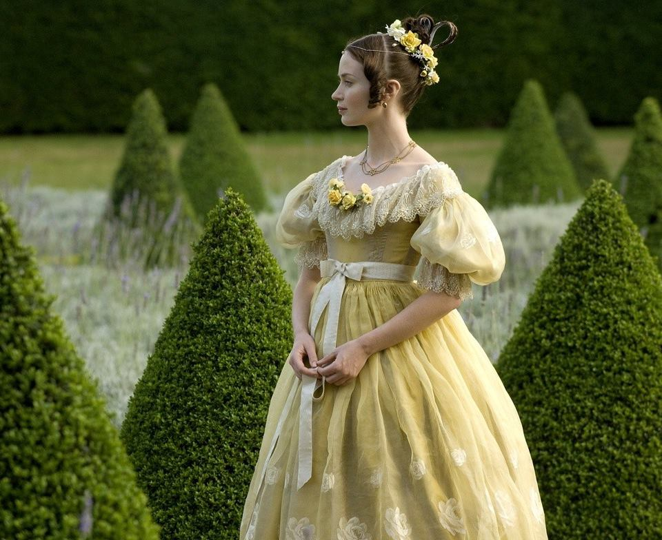 Emily Blunt wears not one, but two Papilionaceous ribbons in the 2009 film 'The Young Victoria'