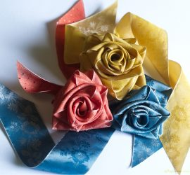 Silk flowers made from Papilionaceous floral silk ribbon.