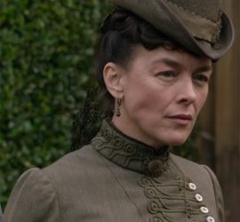 Victoria and Abdul costumes: Olivia Williams as Lady Churchill