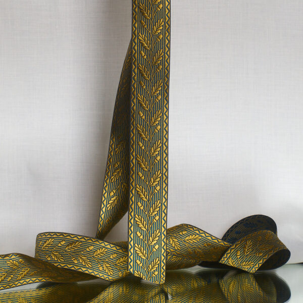 acorn ribbon, wheta/teal